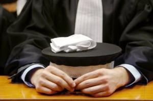 82981_un-juge-en-robe-a-l-ecole-nationale-de-la-magistrature-de-bordeaux